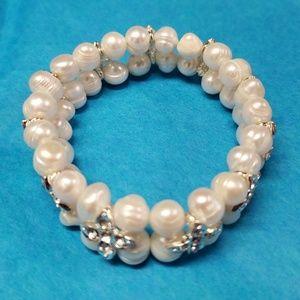 Real freshwater pearls bracelet
